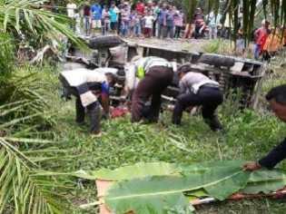 Kecelakaan Tunggal, Satu Tewas Akibat Tertindih Bodi Mobil