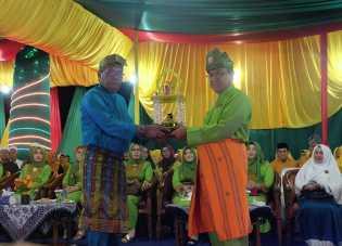 Wardan Harapkan Prestasi Qori Dan Qoriah di Ajang MTQ Riau Mendatang
