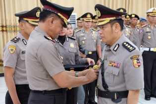 Kapolda Riau Pimpin Sertijab Irwasda dan Karo Rena