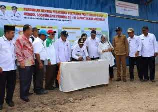HM Harris Meresmikan Sentra Pelayanan Pertanian Padi Terpadu(SP3T) Demi Meningkatkan Kesejahteraan Petani Di Kuala Kampar