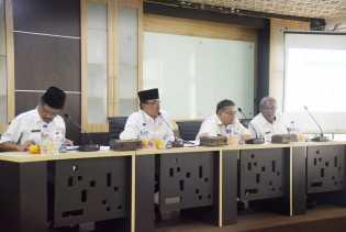 Wardan Pimpin Rapat Evaluasi SAKIP