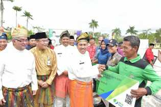 Bank Riau Kepri Wujudkan Peduli Tenaga Kerja Rentan Melalui Program GN Lingkaran BPJS Ketenagakerjaan di HUT Kab Siak ke 19