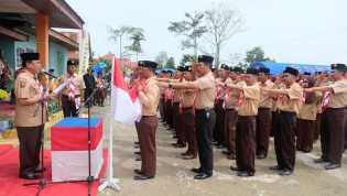 Wardan Buka Perkemahan Kemah Karya Kecamatan Keritang