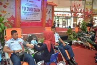 PWI Riau Gelar Donor Darah, Personel Lanud Rsn Ikut Berpartisipasi