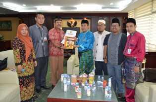 Terima LPj 2018, Gubri Dukung Penuh Peran Komisi Informasi Publik Riau