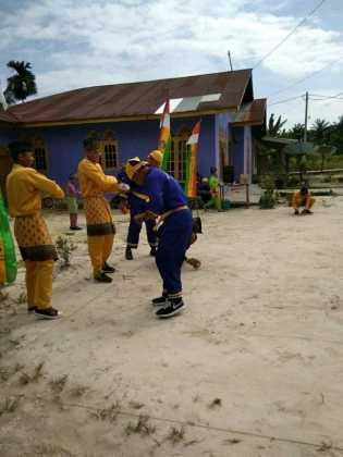 Kampung Rawang Kao Barat Nasionalkan Turnamen Gasing
