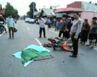 Lakalantas di Kuansing, Pemotor Egy Saputra Tewas Mengenaskan