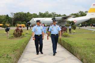 Komandan Lanud Roesmin NurjadinSambut Kunker Pangkoopsau I