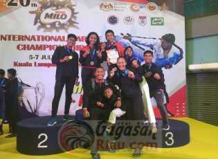 Karateka Pelalawan Sabet 5 Medali Emas di Kejuaraan Dunia Malaysia