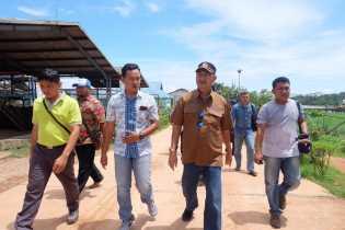 Syamsuddin UTI Kunjungi PT GIN