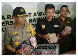 Caleg Gerindra Dapil Riau2 OTT Politik Uang