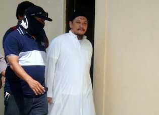 Dinihari Tadi Gembong Narkoba Freddy Budiman Telah Ditembak Mati
