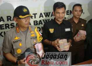 Oknum Caleg DPR RI Partai Gerindra Dapil Riau Terkena OTT Politik Uang
