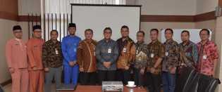 Bank Riau Kepri Dikunjungi Bank Banten untuk Studi Banding Pajak Online