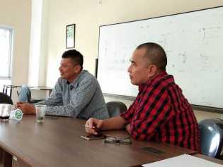 Program English Day PWI Riau Dimulai,  Puluhan Wartawan Antusias Belajar Bahasa Inggris