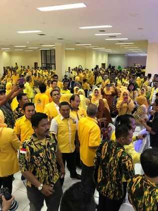 Rakerda Ricuh, Golkar Riau Tidak Kompak?