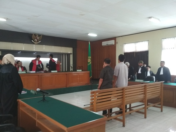 Terdakwa Dan Saksi Tak Hadir, Sidang BTT Pelalawan Ditunda, Bupati Pelalawan Menunggu Giliran Akan Bersaksi
