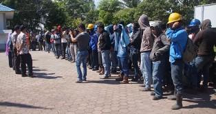 Menyangkut Upah, Ratusan Pekerja PT SMIP Adukan Nasib ke Disnakertrans Dumai