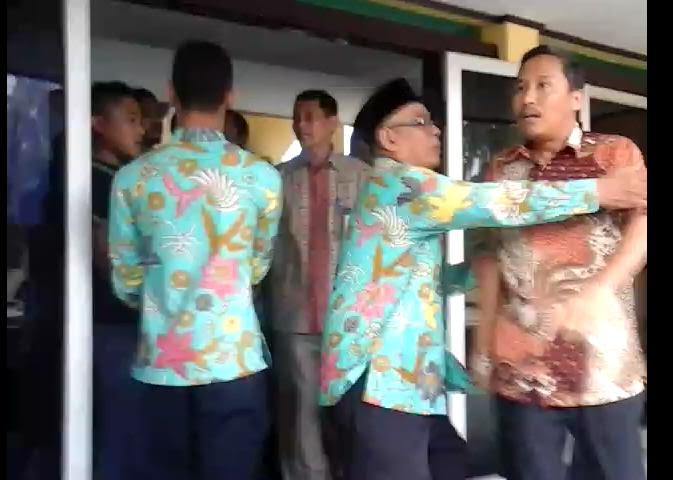 Masyarakat Desak Pengadilan Tinggi Pekanbaru Copot Hakim Fitrizal