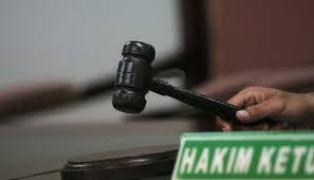 Aneh, Jaksa Tuntut Poniman Berdasar Protes Arwah