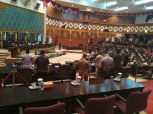 Ini Pandangan Umum Sejumlah Fraksi di DPRD Riau Soal Pajak BBM Pertalite