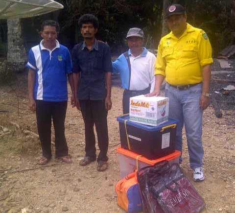 Pemkab Rohul Bantu Korban Kebakaran di Desa Karya Mulia-Rambahsamo