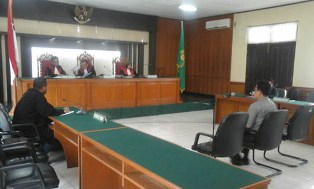 Eks Kadisdik Kampar Dinyatakan Bersalah dalam Kasus Korupsi Meubeler