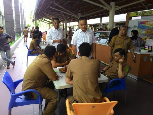 Blusukan Ala Legislator, Sidak ASN Pemprov Riau Usai Cuti Lebaran