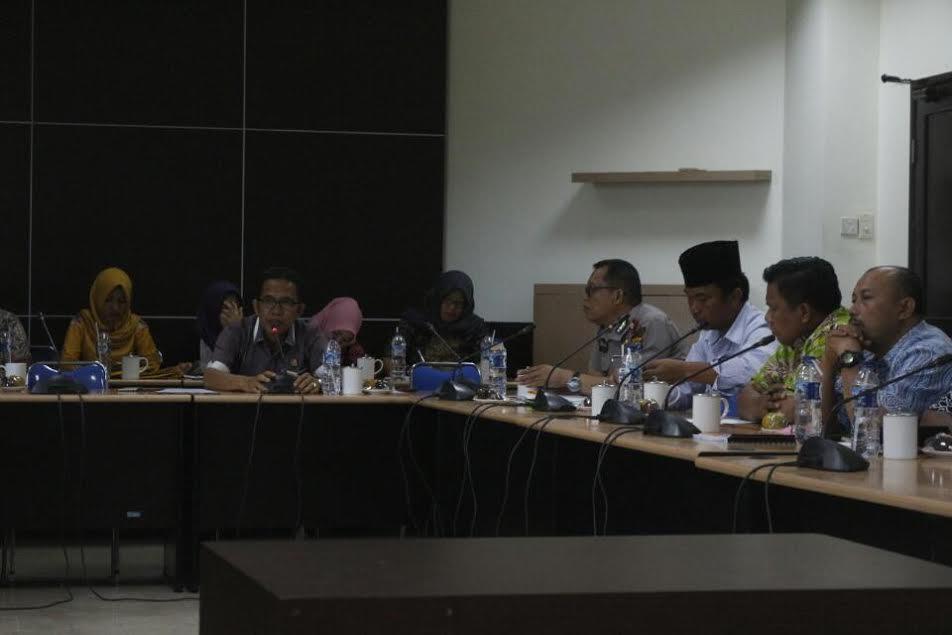 Komisi I DPRD Inhil Undang SKPD Terkait Soal Lem Kambing Salahgunakan Untuk Mabok