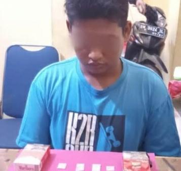 Seorang Pemuda di Riau Simpan Empat Paket Sabu Dalam Bungkus Rokok