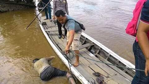 Penemuan Sesosok Mayat Laki-laki di Perairan Sungai Enok