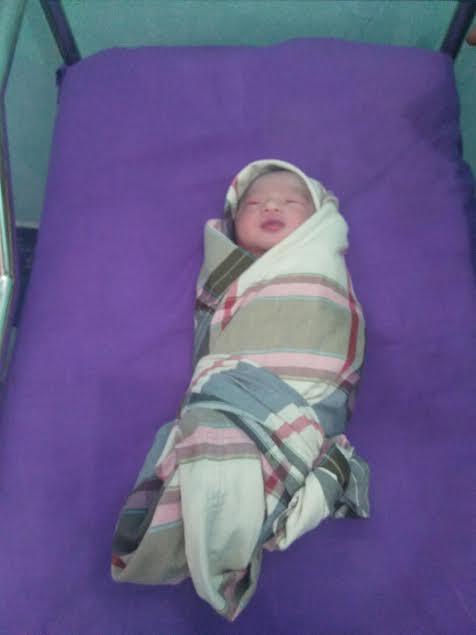 Bayi Malang Ditemukan di Semak Belukar Oleh Warga Mandau