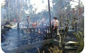 Di Inhil Lagi, Dua Unit Rumah Warga Desa Pungkat Habis Dilalap Api
