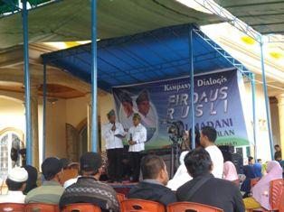 Kampanye di Pinggiran Inhil, Pasangan Firdaus-Rusli Tak Sungkan Menginap di Rumah Warga