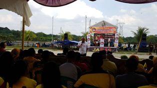 Buka Festival Band Remaja di Siak, Cagub Andi Rachman Didaulat Nyanyikan ''Lancang Kuning''