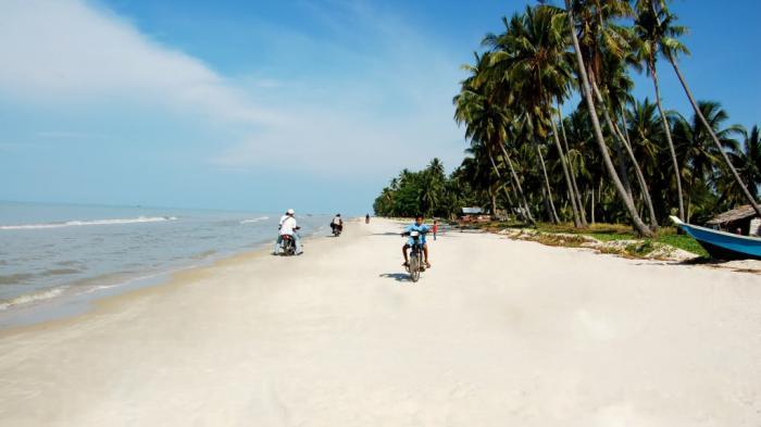 Ayo Berkunjung ke Riau, Ada Pantai Indah di Pesisir Bumi Lancang Kuning